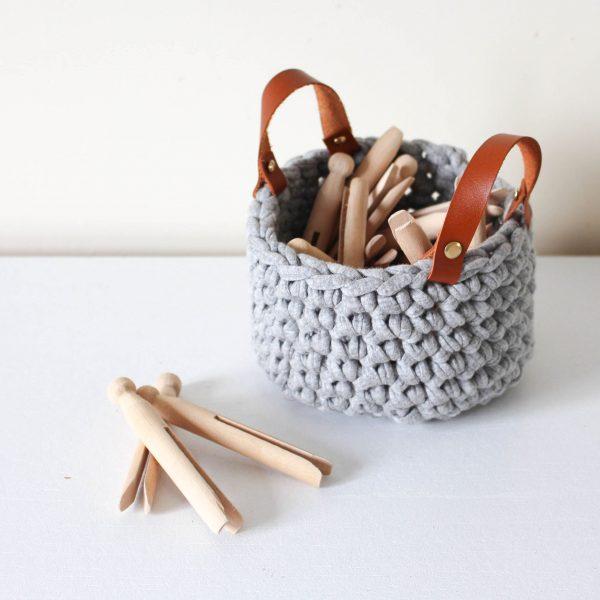 panier gris au crochet (2)