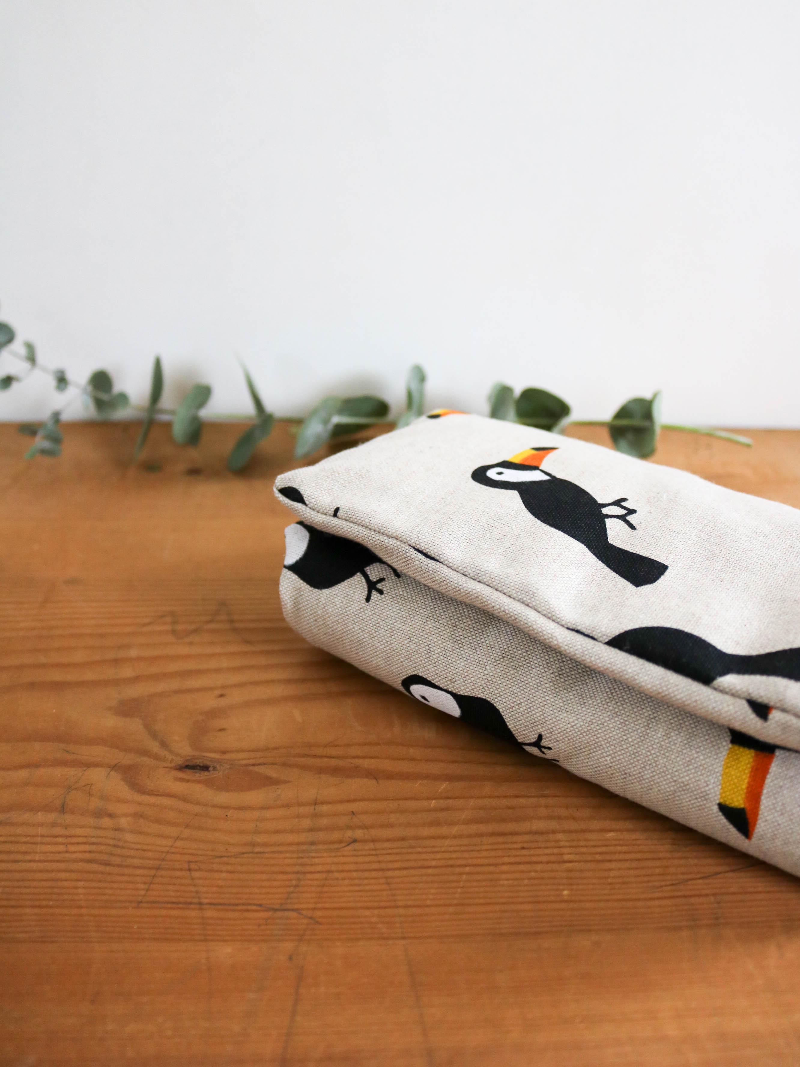 bouillotte en graines de lin toucans bonjour tangerine. Black Bedroom Furniture Sets. Home Design Ideas