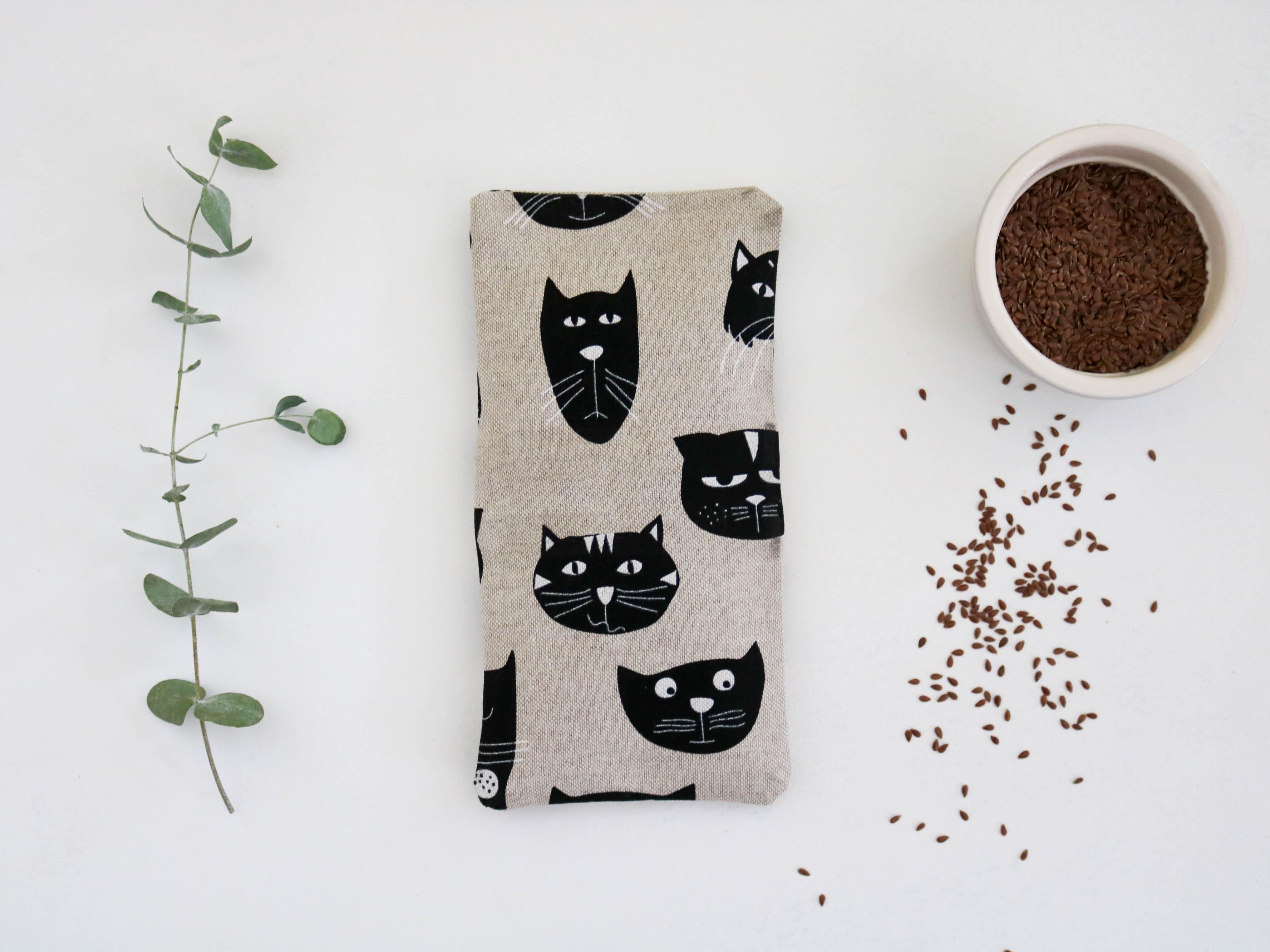 petite bouillotte en graines de lin chats bonjour tangerine. Black Bedroom Furniture Sets. Home Design Ideas